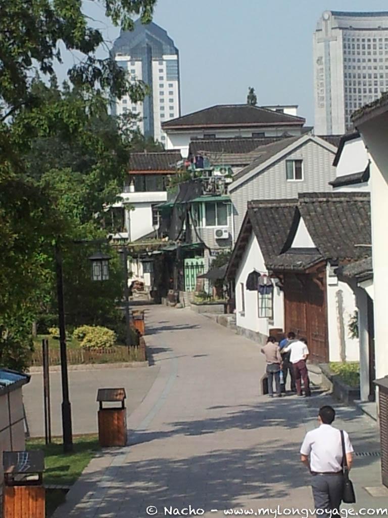 Hangzhou 04 140450