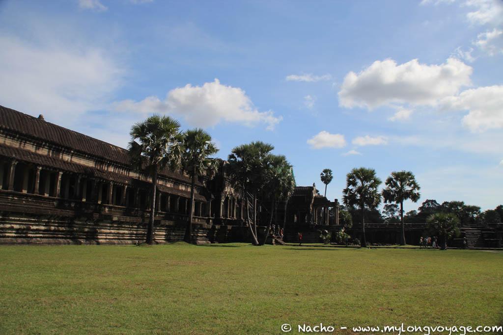 Angkor Wat & Bayon 40 42033920