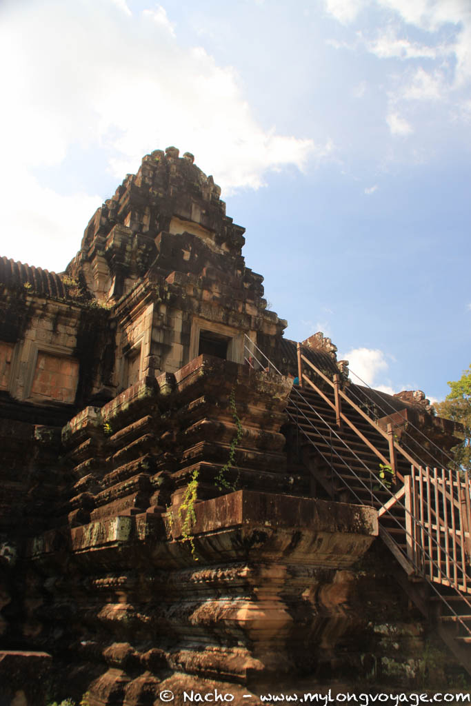 Temples of Angkor 108 45446912