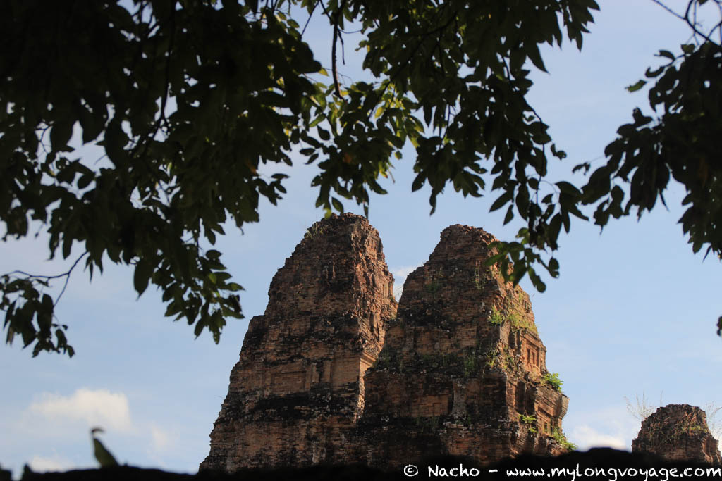 Temples of Angkor 31 43359232