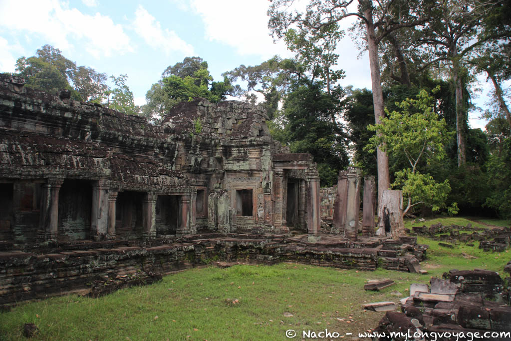 Temples of Angkor 78 44663744