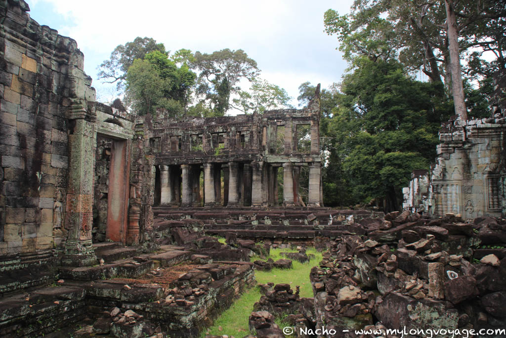 Temples of Angkor 80 44718976