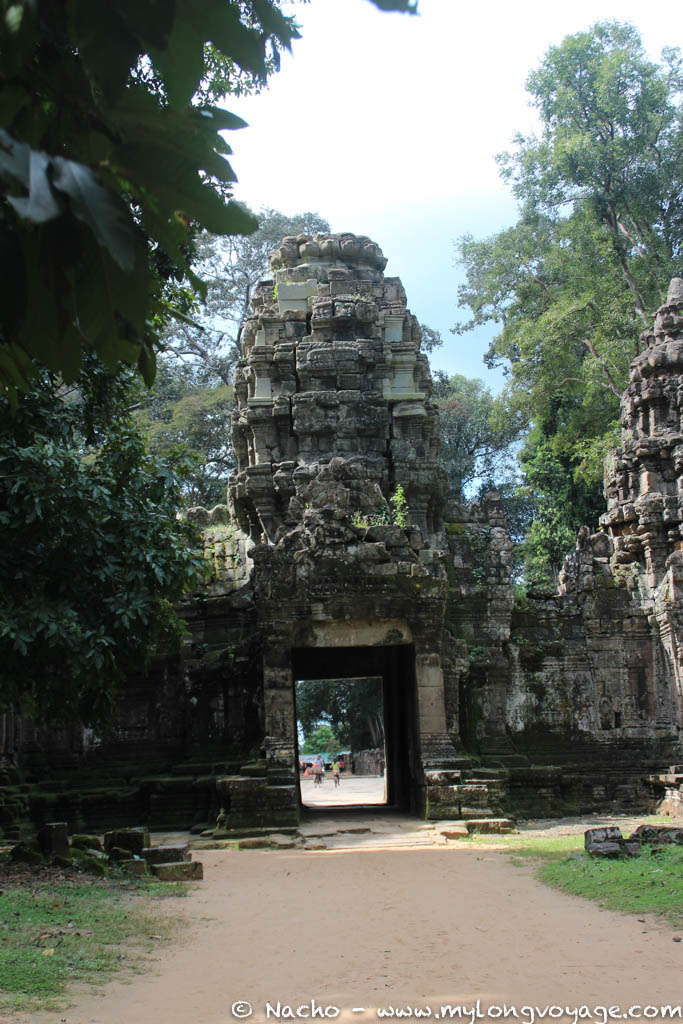 Temples of Angkor 93 45050112