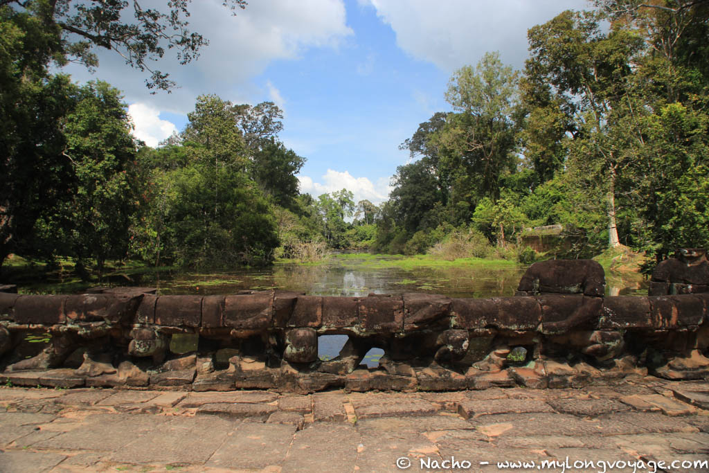 Temples of Angkor 94 45081280