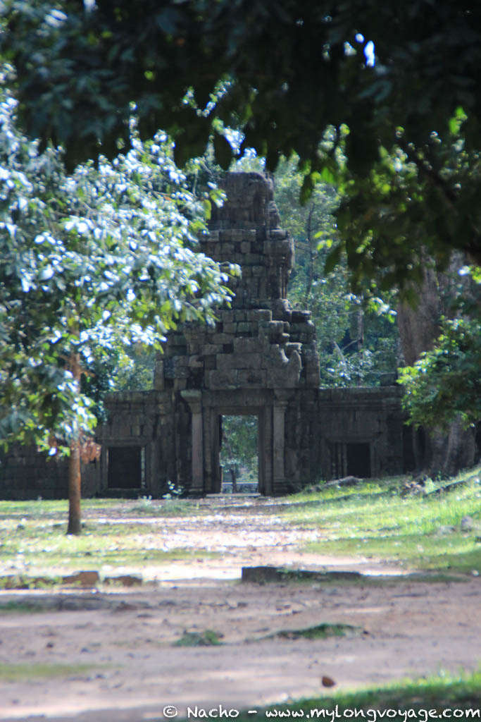 Temples of Angkor 96 45127616