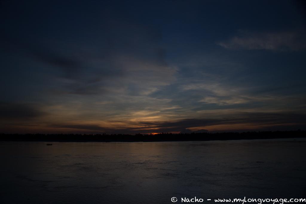 Kratie sunsets & dolphin spotting 18 48364928