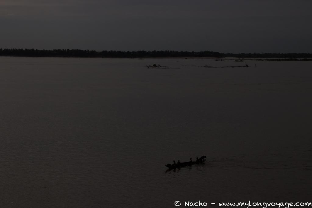 Kratie sunsets & dolphin spotting 27 49816192