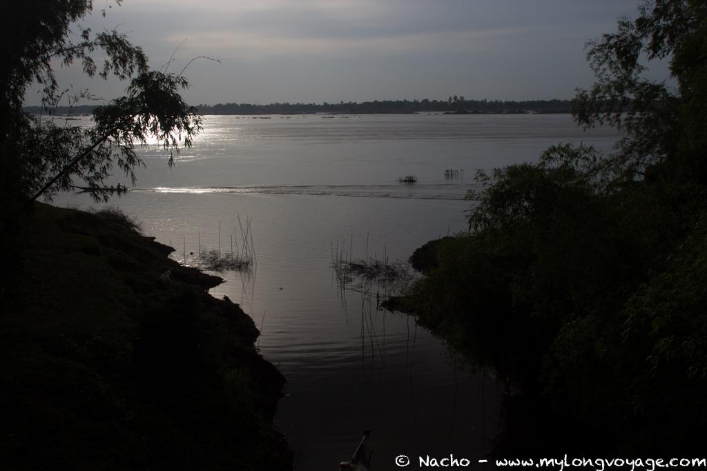 Kratie sunsets & dolphin spotting 45 51483072